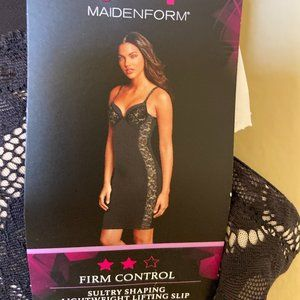 NWT Maidenform Shaping Lifting Slip Firm Control